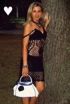 Вязаное летнее платье. Модель 059