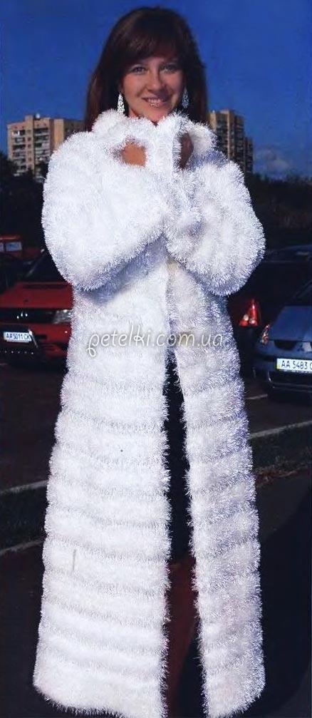 Шикарное пальто из травки спицами. Описание вязания, выкройка