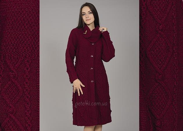 Узорчатое пальто с воротником. Описание, схемы вязания