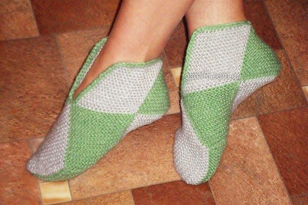 Вязание для начинающих. Тапочки из квадратов. Как вязать
